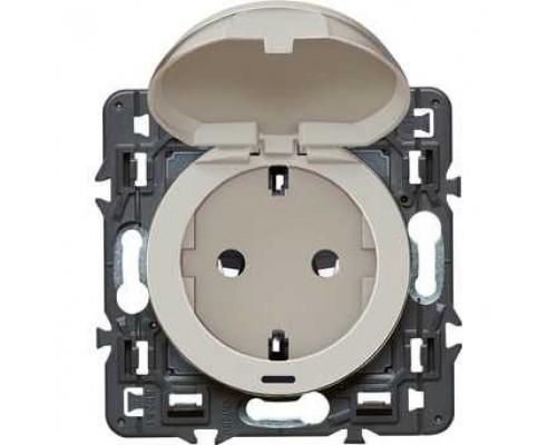 Розетки, выключатели аксессуары Legrand 067161 Розетка 2К+З - немецкий стандарт винтовые зажимы Программа Celiane
